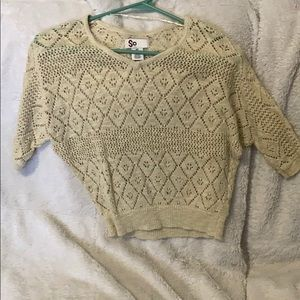Light weight knitted sweater/top
